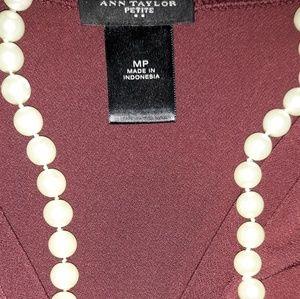 Ann Taylor v-neck shirt